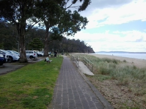 Pathway along Derwent at KB