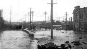 flood1 1930s flooding rivulet near theatre royal