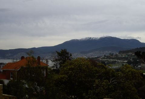 mt-wellington-with-snow-from-10-veronica-cropped